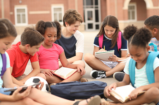 ✓ Junior high student Images, Pictures and Free Stock Photos